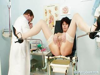Porno Video of Elder Wife Weird Speculum Vagina Examination