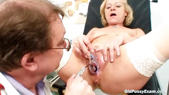 Porn Tube of Blond Granny Squirting During A Gyno Checkup