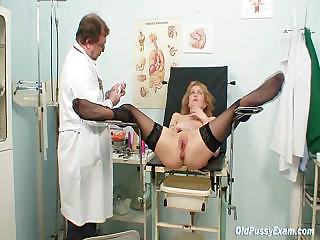 Porno Video of Skinny Milf Pussy Gyn Exam By Kinky Doctor