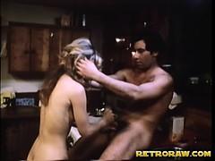 Порно с большой задницей