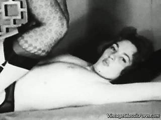 Ретро порно с сисястыми японками