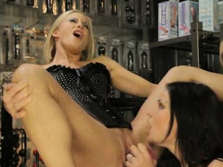 Xvideos сом1 начальница извращенка помощница лесбиянки секс