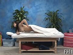 Неуправляемое сексуальное желание взрослой женщины