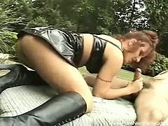Видео секс на улице