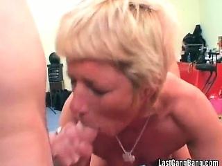 Отсос спермы через трубочку смотреть порно