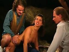 Порно олики женщины с огромными клиторами
