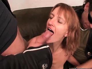Молодой девочка секс смотреть порно