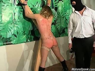 Порно неожиданно зашел