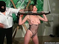 Смотреть онлайн в hd порно пикантное видео секс урока домохозяйки аллы