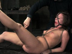 Порно актрисы дома фото