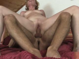 Длинный хуй застрял в пизде смотреть порно онлайн