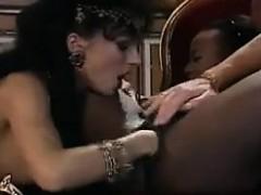 Муж снимает секс жены с другим мужчиной