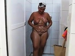 Thick Mature Nudist Goes To A Shower