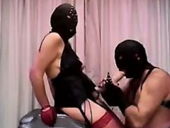 Ебут двух телок порно