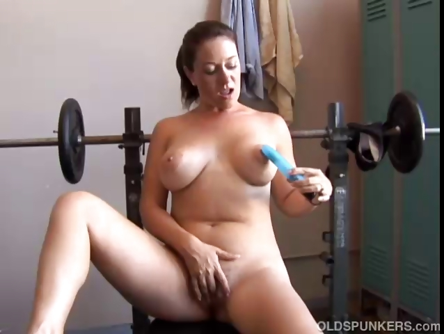 Porno Video of Big Tits Milf Is Feeling Horny