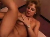 Смотреть порно толпа трахают жену