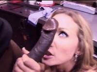 Busty milf nikki sexx tries a black cock | Pornstar Video Updates