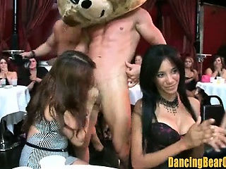 Amateur Fillipina Gets A Big Facial...