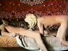 Стриптиз в порно барах видео