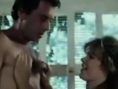 Папа трахает дочь на кухне видео