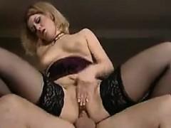 порно начальница блондинка и секретарша брюнетка лесби