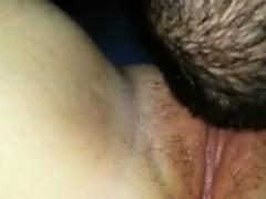 Порно видео брюнетки в мини бикини