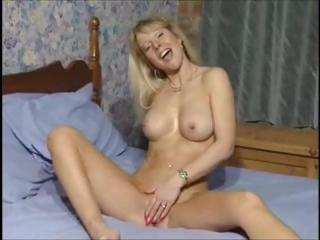 Sex Movie of British Milf Slut Anna Fucking In Both Holes With Toys