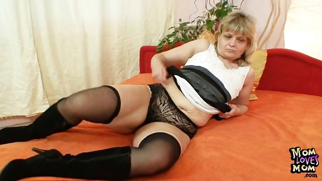 Porno Video of Granny Woman Filipa Moans Like Crazy When Masturbates