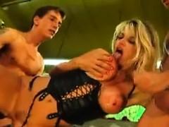 Смотреть порно в заложниках у маньяка