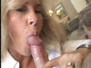 Porno Video of The Best Wife In The World Cum Eating