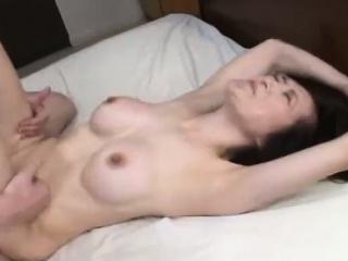 Парень лижет клитор лесбиянки смотреть порно
