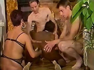 Скромная мачеха и наглый пасынок ретро порно смотреть порно