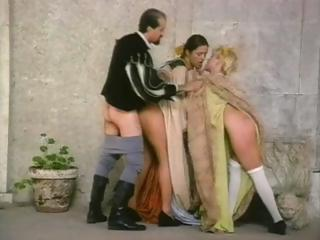 Porno Video of A Vintage Porn Movie Showing A Truly Amazing Italian Groupie