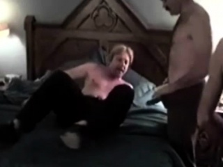 Gay bears get their little dicks sucked