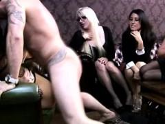 Сочные ноги в колготах порно