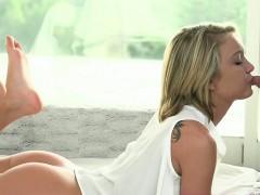 Секс с девушкой большой грудью