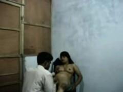 Сперма на сосках жены фото