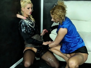 Порно фильм онлайн бесплатно русские лесбиянки