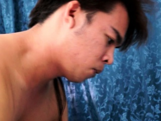 Asian young twinks bareback sex together