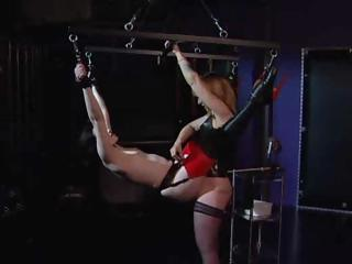 Porn Tube of Mistress Ties Up Her Slave And Suspended She Eats Her Pussy