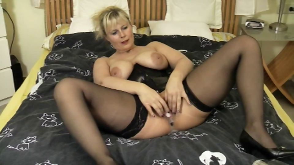 Porno Video of German Squirt Good 4