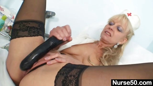 Porno Video of Old Blonde Milf Stuffing Pussy With Huge Dildo