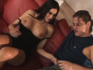 Пьют мочу и сперму из попки смотреть порно