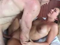 Сьотреть порно лизби 18 21