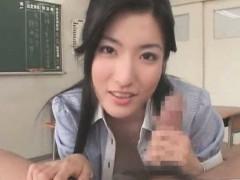 порно фото у учительницы под юбкой