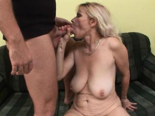 Жена с красивым трансом смотреть онлайн порно
