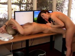 Порно онлайн 55 бабы и мальчик