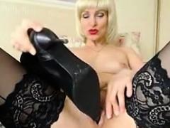 Порно с подругой красивой