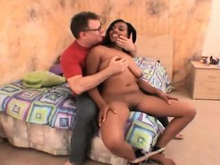 Секс вывернутая наизнанку пизда крупным планом фото