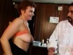 Приехал в гости к девушке и трахнул тещу порно видео